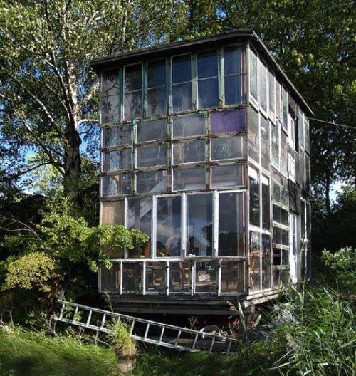 maison en cadres de fenêtres - quartier Christiania Copenhague