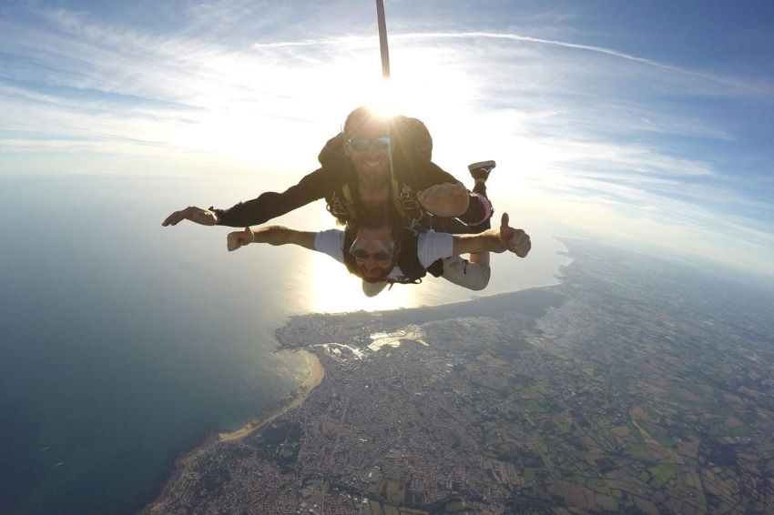 saut en parachute - Les Sables d'Olonne avec Wonderbox