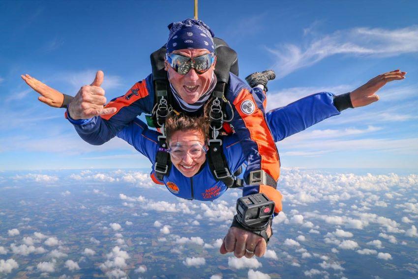 saut en parachute tandem - comment ça se déroule ?