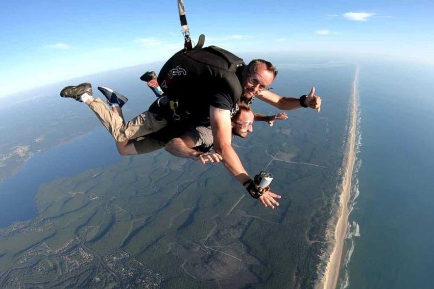 saut en parachute Lacanau proche de Bordeaux