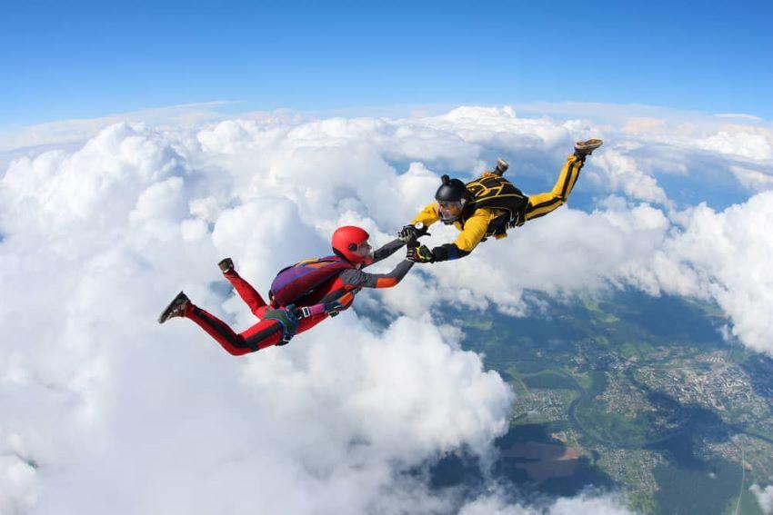 saut en parachute Bourg en Bresse proche de Lyon