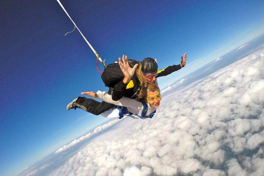saut en parachute Annemasse Alpes pas loin de Lyon