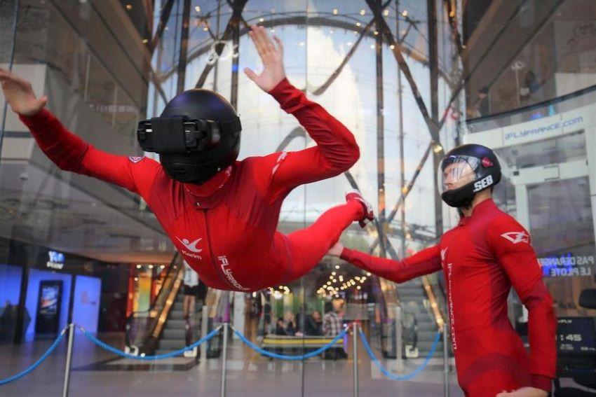 simulateur chute libre réalité virtuelle Paris